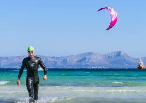 Freiwasserschwimmen Alcudia Kitesufer