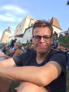 Hartwig Ortner bei einem Konzert