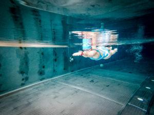 Kathi Schwimmfoto mit Uhr