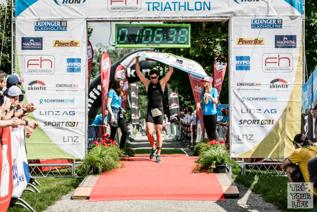 Matthias Hohlrieder Linztriathlon Finishline